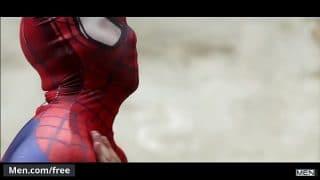 Aston Springs y Will Braun protagonizando la parodia de spiderman